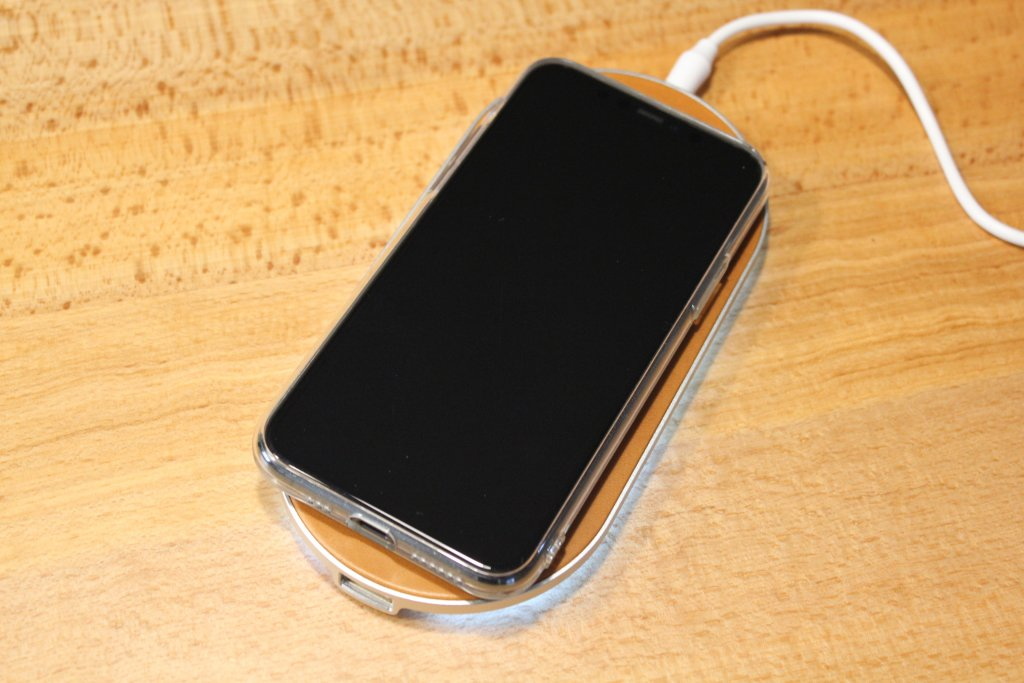 ENETREE 高速ワイヤレス充電器 EWCP01 iPhone 11 Pro