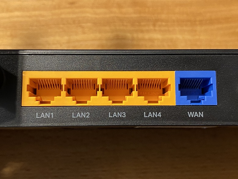 Archer AX10 LANポート、WANポート