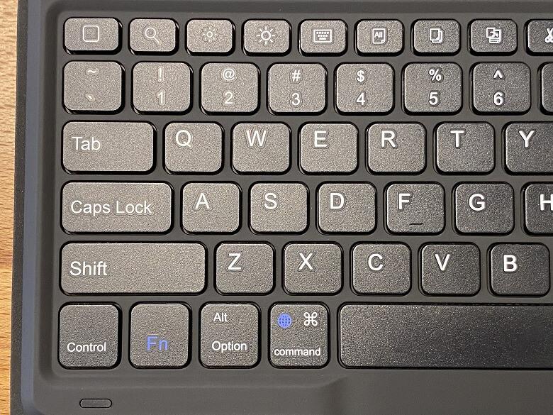 Inateck iPad Pro 12.9 キーボードケース キーボード左側