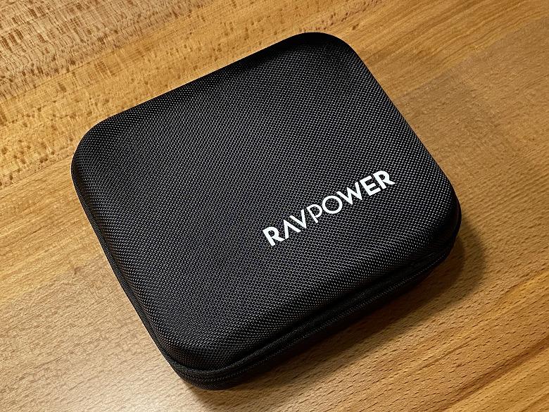 RAVPower ポータブル電源 20000mAh ケースの質感