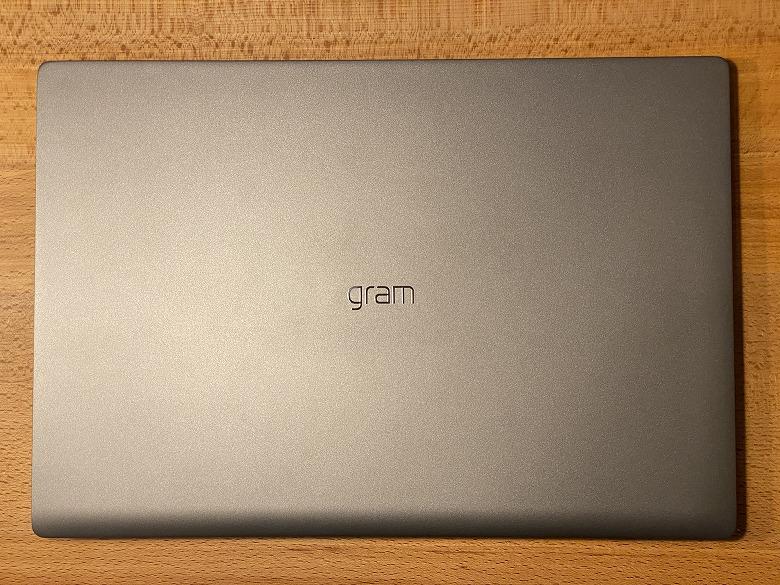 LG gram 17Z90N 外装