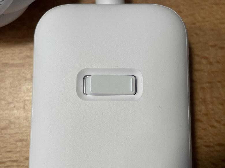 Anker PowerPort Strip PD 3 電源スイッチ