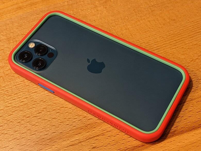 iPhoneと相性の良いおすすめのアクセサリー・周辺機器 CrashGuard NX