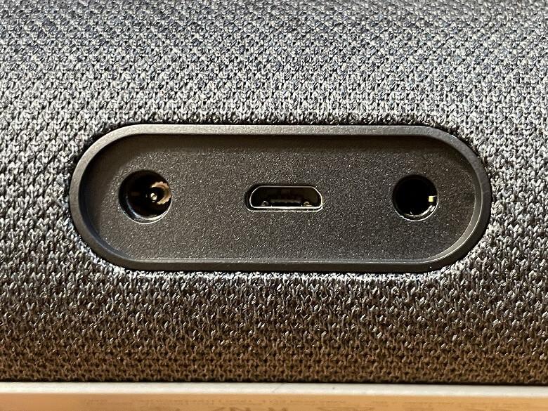 Amazon Echo Show 5 各種ポート