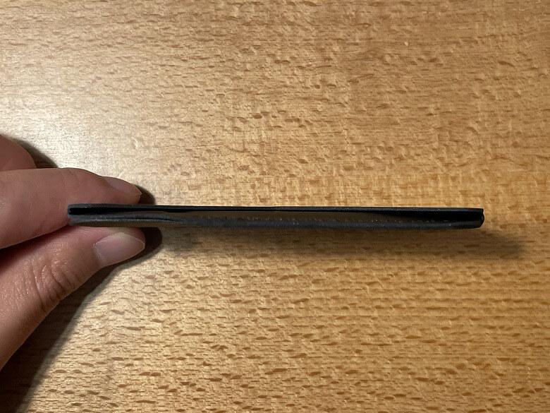 MOFT MagSafe対応ウォレット&スタンド 厚さ