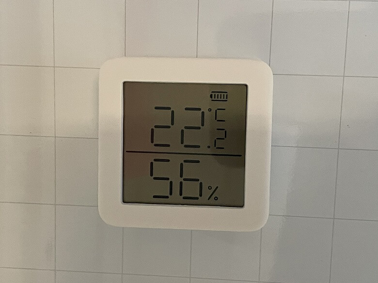 SwitchBot温湿度計 貼り付け