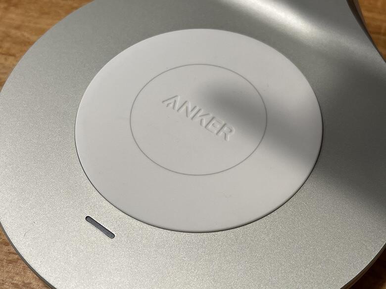 Anker PowerWave Magnetic 2-in-1 Stand パッド型充電器