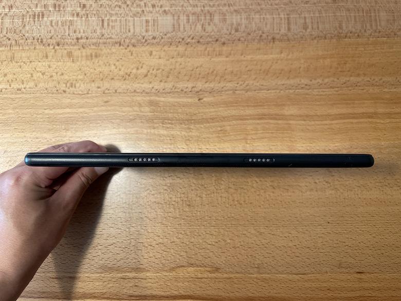 Dragon Touch MAX10 PLUS スピーカー