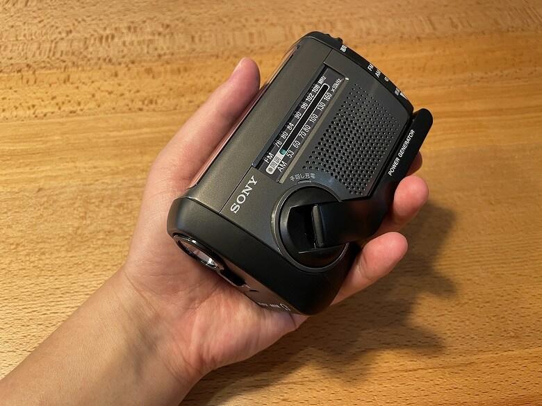 SONY ICF-B99 手のひらサイズ