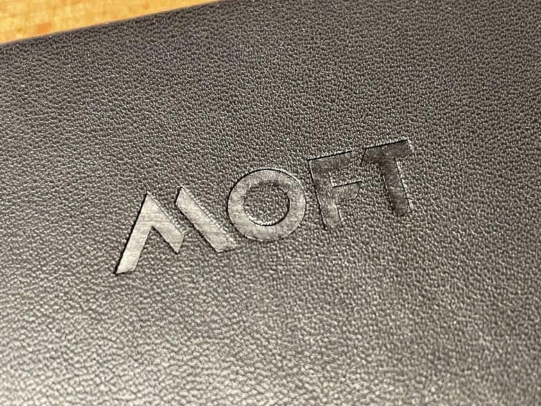 MOFT Snap-On タブレットスタンド 質感